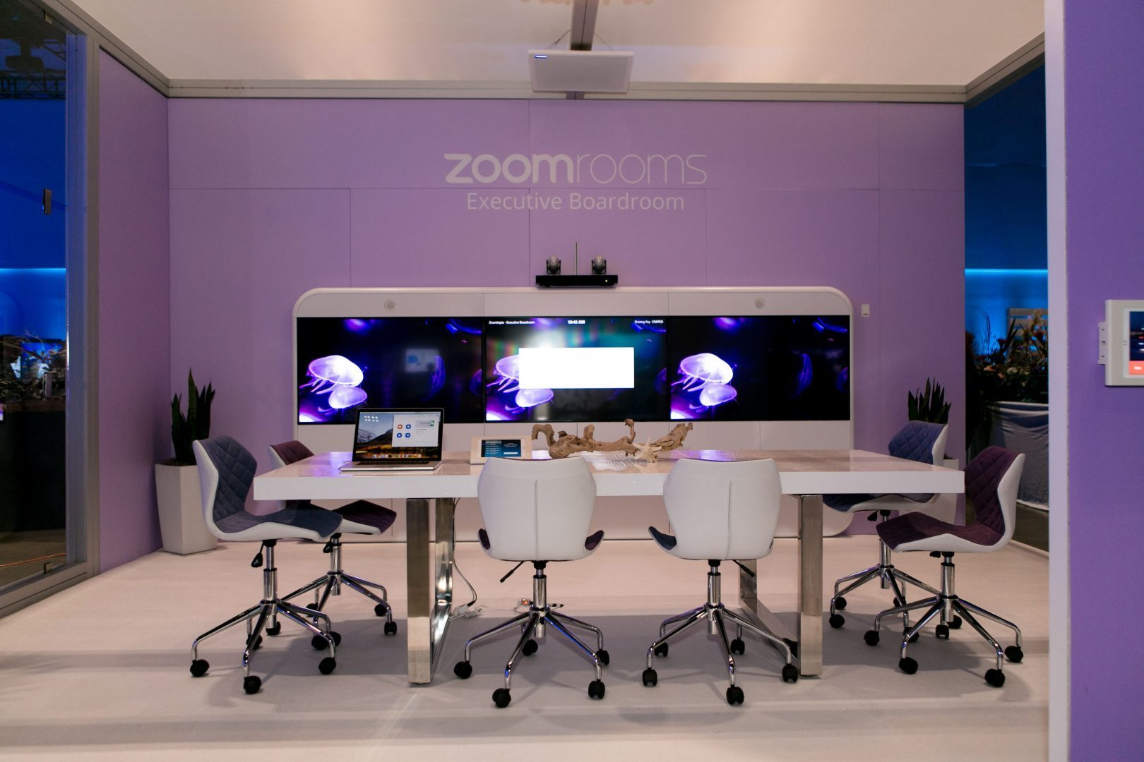 China blocks US video-conferencing tool Zoom