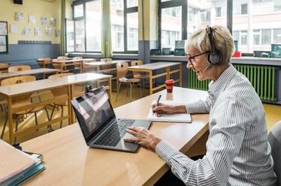 Poly Enables Télécom Paris' Journey to Hybrid Learning